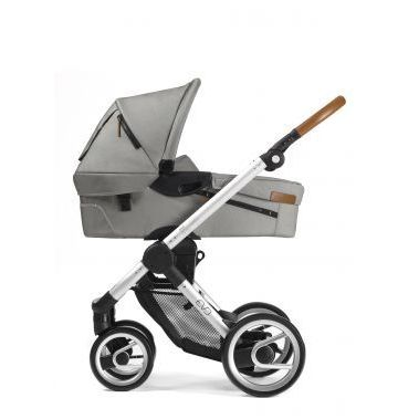 Mutsy Evo stroller with carrycot